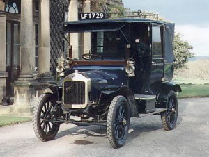 Image of a French-built Unic Cab of the kind used in London when Hardy visited Ramanujan. It has the number 1729